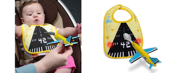 babero avión bebé