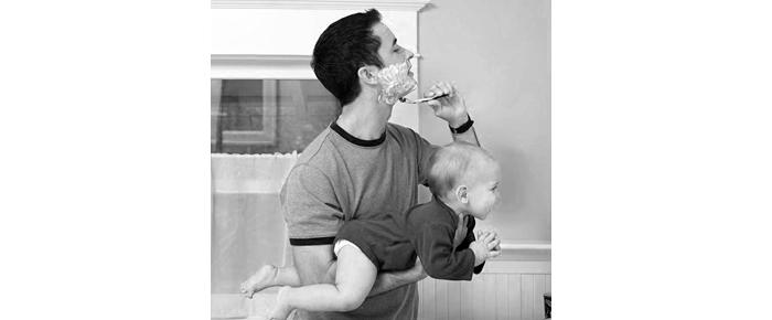 padre afeitándose